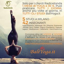 Flyer quadrato Yoga
