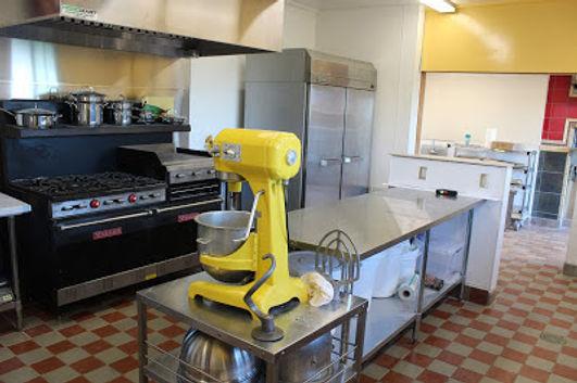 kitchen w hobart.JPG