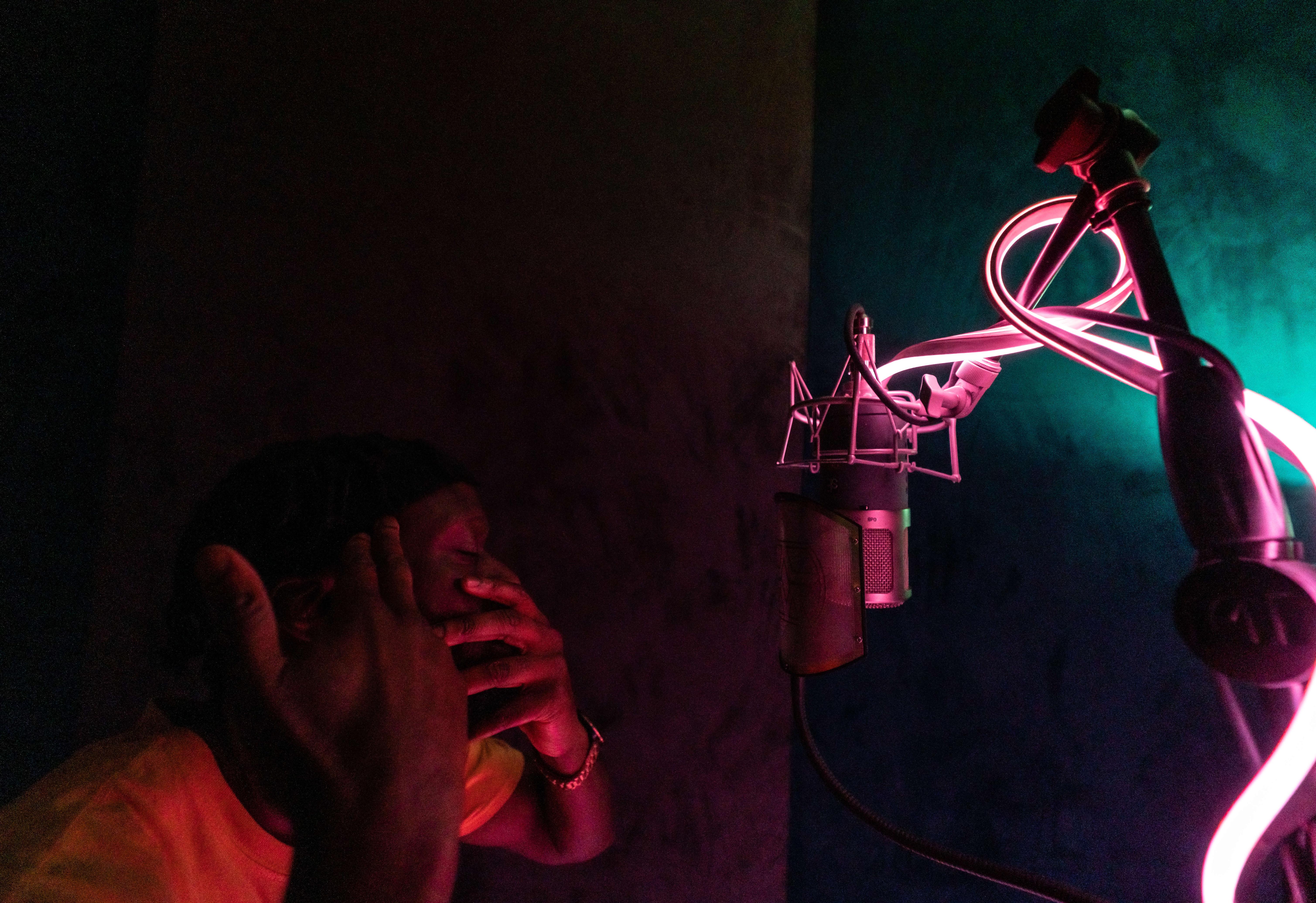 Studio Time W/engineer OVERNIGHT (1hr)