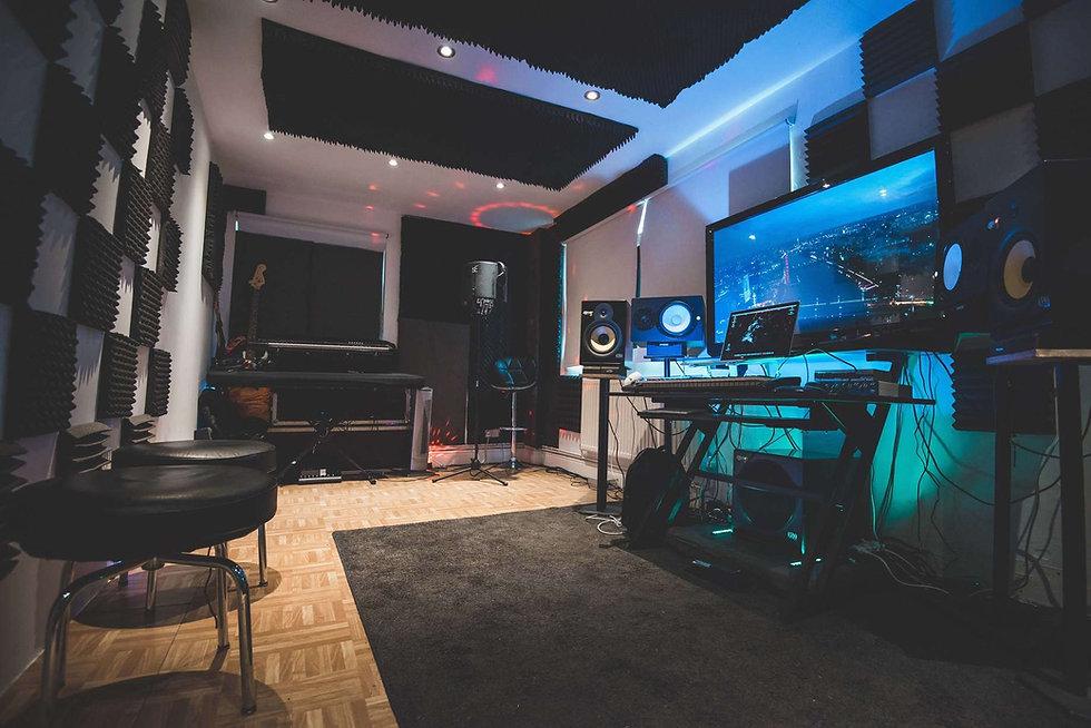recordingstudiolondon.vixmixstudios.musi