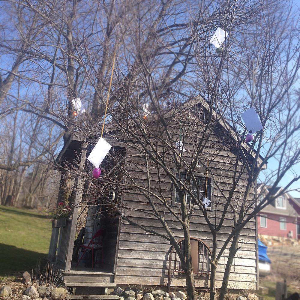 Envelopes/Eggs in Tree