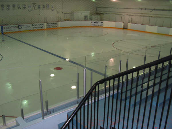 Easy sheet hockey rink