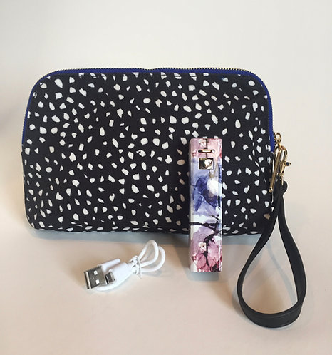 Hang Accessories Lolita Charge-on-the-Go Wristlet Set - Dots