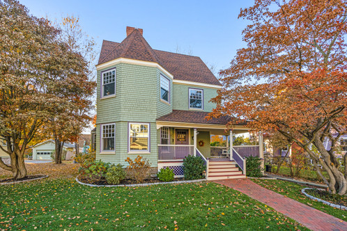 20 Orient Ave. | Melrose, MA SOLD: $1,245,000  5 Beds 2 Full | 2 Half Baths 3,348 Sq. Ft  Harmonious blend of grace, scale and thoughtful detail await in this Lower East Side Beauty boasting a fabulous recipe of rooms with an open flow and private nooks, crafting near perfect space and expressly updated. Situated in one of Melrose's most coveted neighborhoods, in an area resplendent with lovely architecture, this home is adorned by bay windows, original moldings, gleaming wood floors and enjoys substantial ceiling height. Nearby Melrose's bustling downtown shops, restaurants, amenities and activities and a short jaunt to the train or bus, you'll enjoy what living in Melrose simply is.