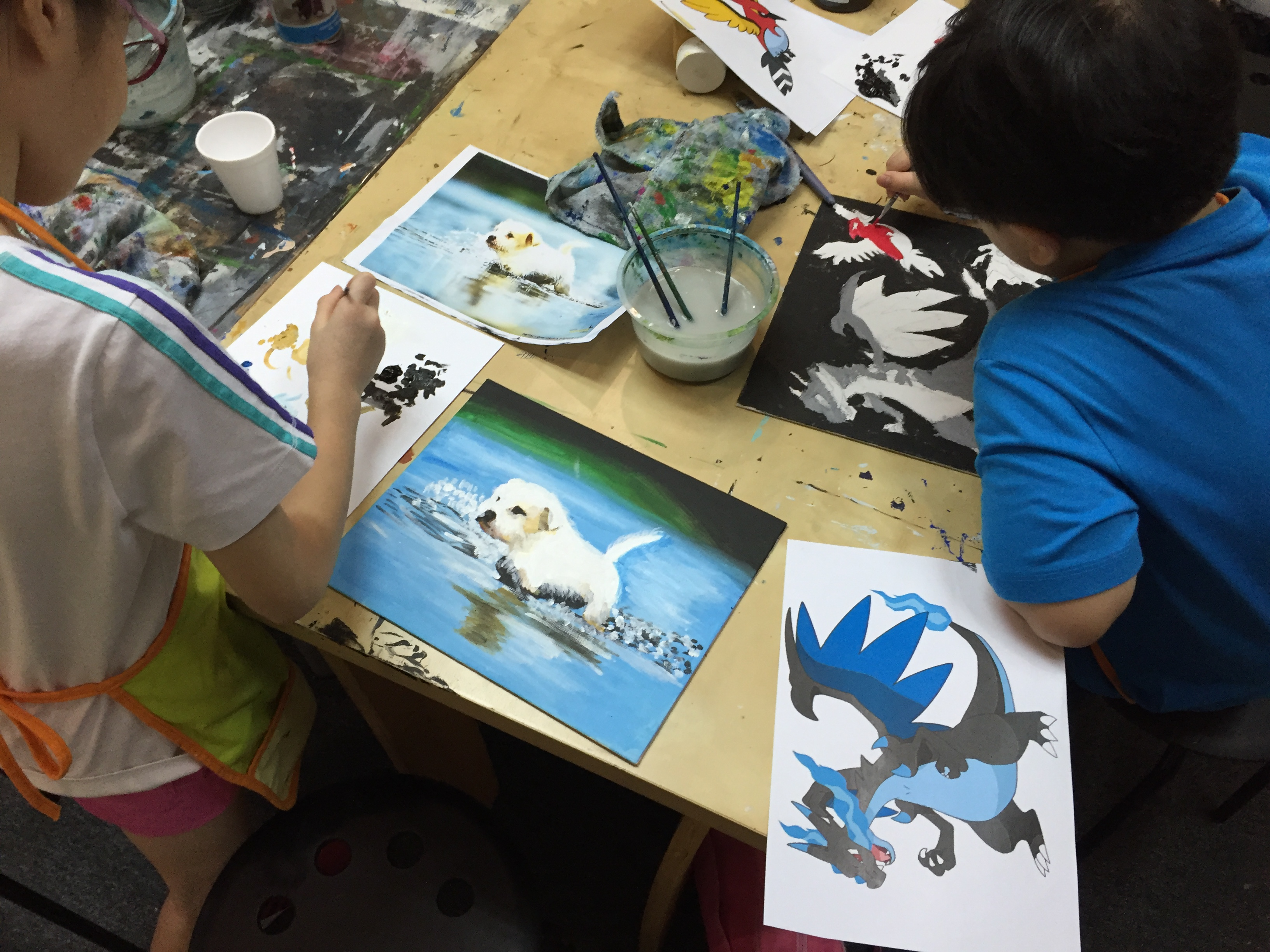 Children painting classes