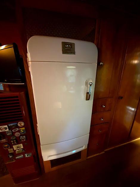 spartan tandem refrigerator.jpg