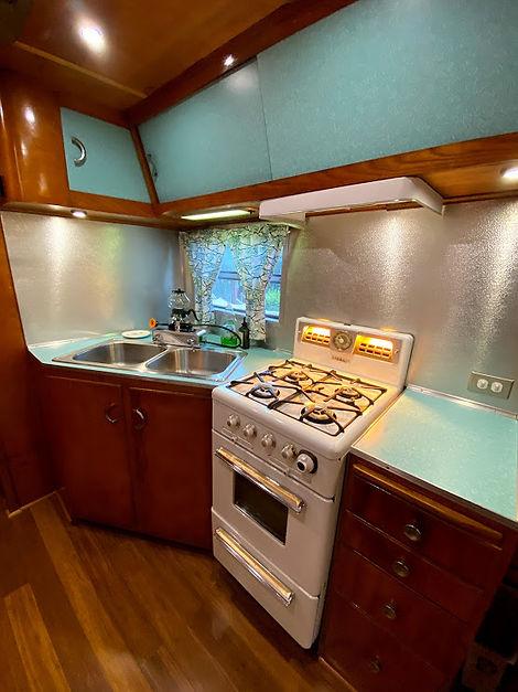 spartan tandem kitchen.jpg