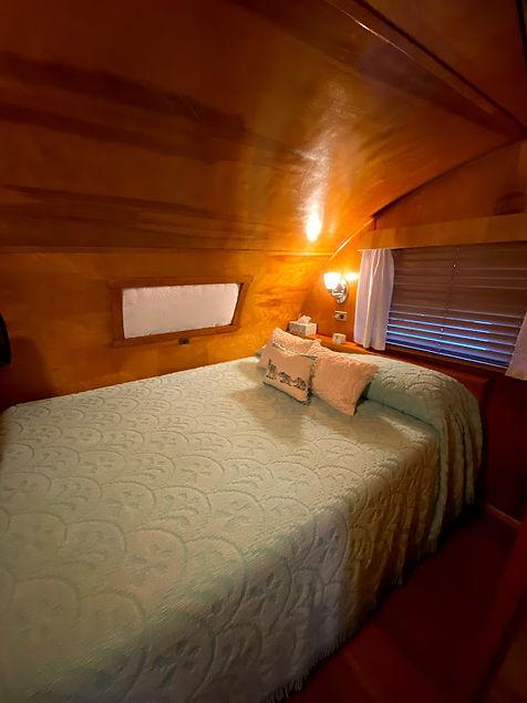 spartan tandem bed 2.jpg