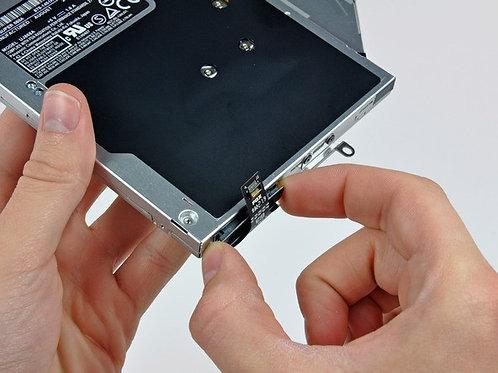 Changement Nappe lecteur DVD Superdrive Macbook Pro