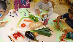 Preparation-de-soupe-en-maternelle