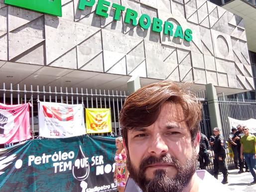 Greve dos Petroleiros #NósDefendemos