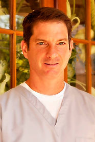Dr. Kevin Verrett, Kevin Verrett, Verrett, Verrett Dental, Verrett Dental Clinic, Dentist, Local Dentist, Good Dentist, Dentist Gulfport, Dentist in Gulfport, Dental Services, Dentures, Crowns, Root Canals, Implants, Dental Services, Verrett Dental Services,