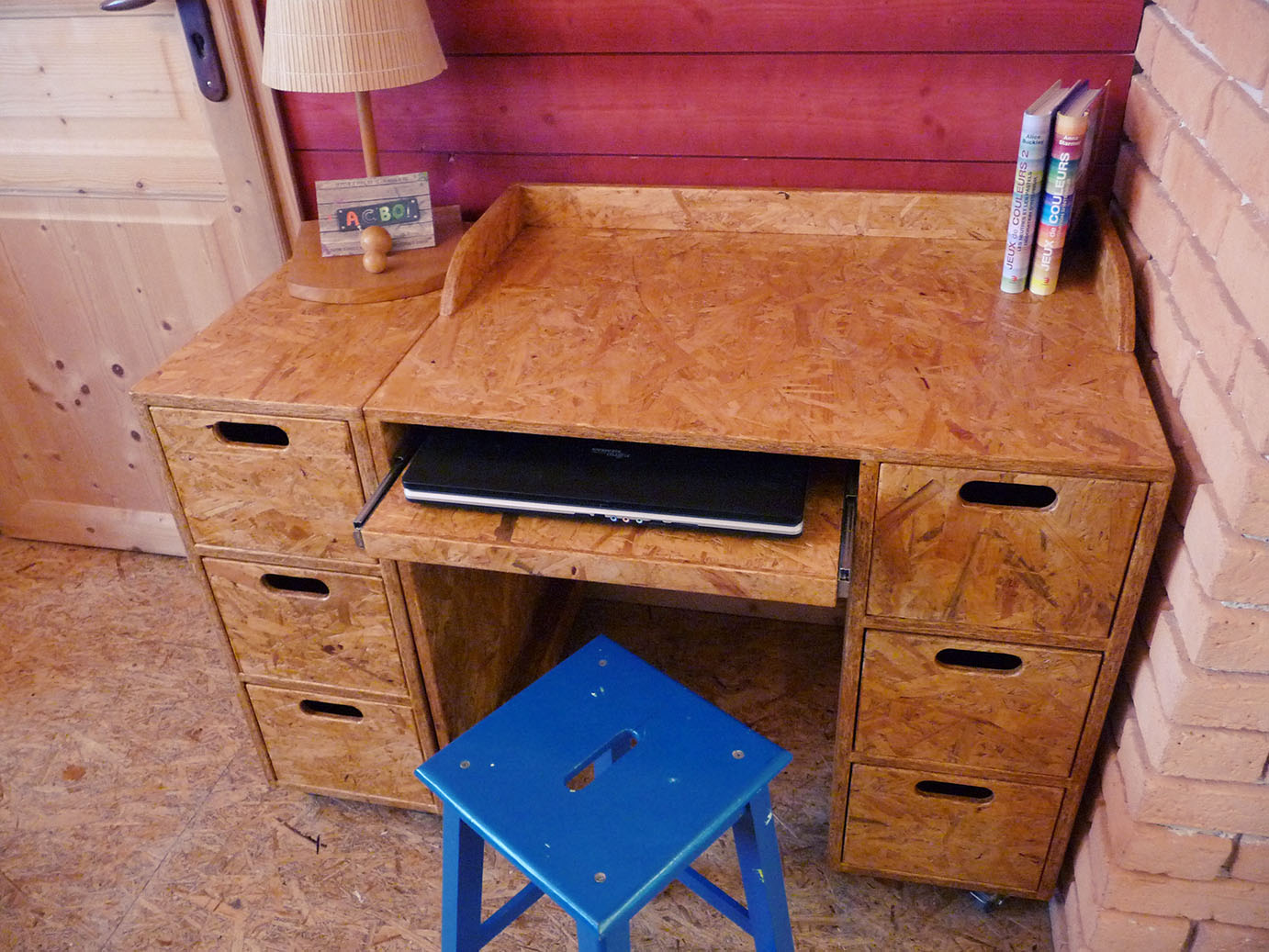 bureau modulable en triply