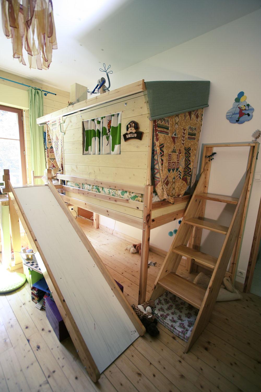 chambre enfant (lit cabane)