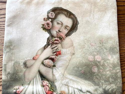 Romantic lady velvet Pouch