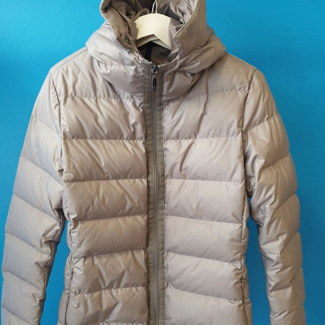 Bubble jacket zoom out
