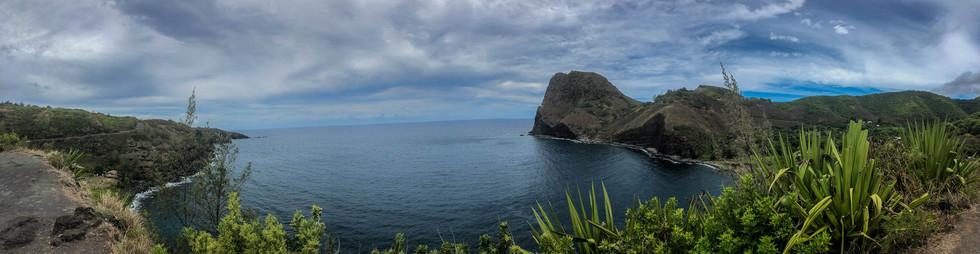 Kahakuloa-Bay-Maui-.jpg