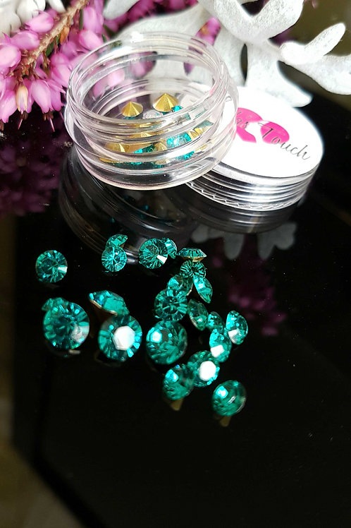 34pc 3D Crystal Rhinestone (mix size)