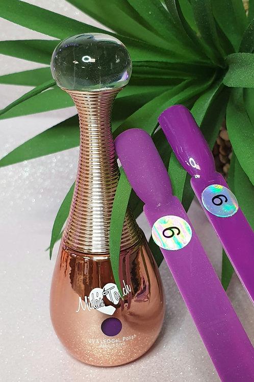 Highly pigmented Purple UV nail Gel
