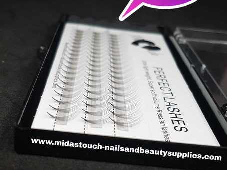 GET THE DEAL ON PRE-FANED RUSSIAN VOLUME LASHES