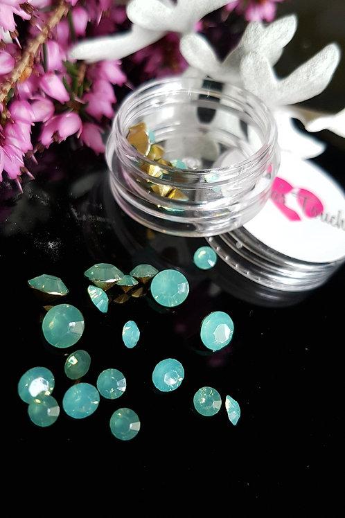 34pc 3D Crystal Rhinestone (Aquamarine)