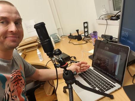 Podcast-vieraana