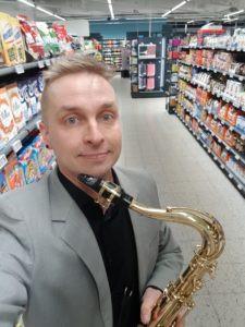 Cocktail-saksofonismia