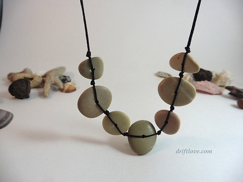 Rocky Beach Necklace