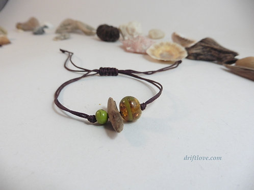 Driftwood and Glass Beads Simple Bracelet
