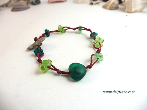 Green Heart Many Beads Bracelet