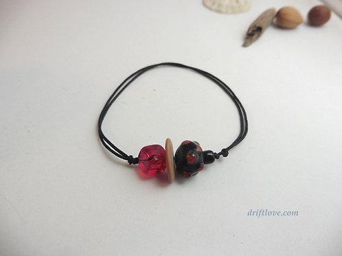 Red Cube Bracelet/ Anclet
