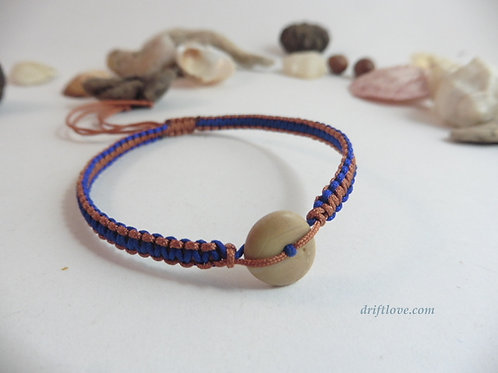 Pebble Orange-Blue Macramé Bracelet