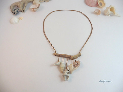 Sound of Seashells Necklace