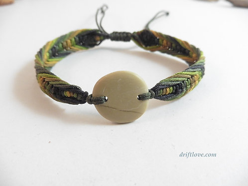 Pebble and Green Macramé Bracelet