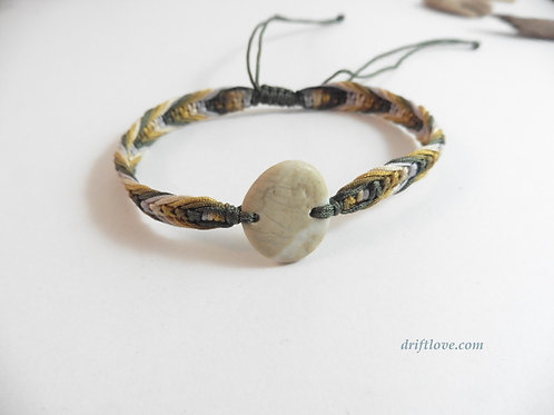 Stunning Pebble and Khaki Macramé Bracelet