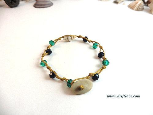 Yellow and Seashell Many Beads Bracelet