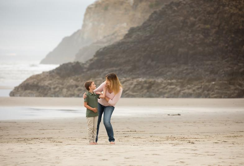 Nicole O'Rourke Photography; Portland Oregon family photographer; Portland Oregon child photographer; Salem Oregon family photographer; Cannon Beach, Oregon Coast