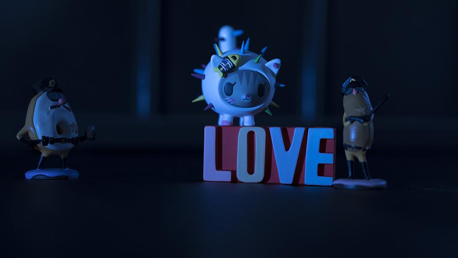 luis re love..ARW. 100x56cm.chica.jpg