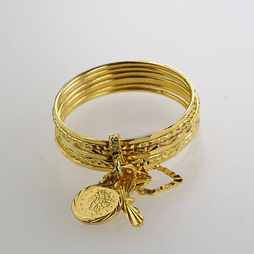 GOLD RING 19