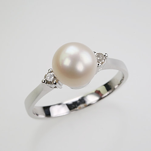 CULTURED PEARL RING 28