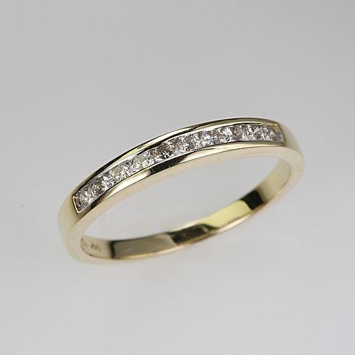 DIAMOND RING 9