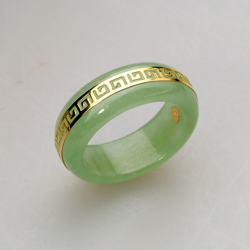 GREEN JADE BAND RING