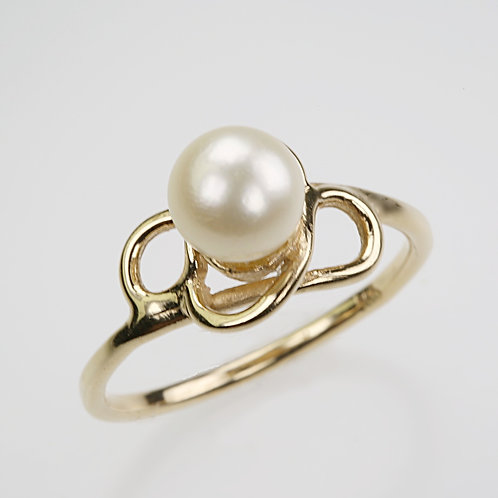 CULTURED PEARL RING 29