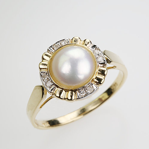 CULTURED PEARL RING 32