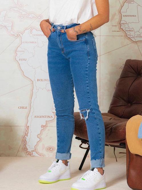 Calça Jeans Intermediária Lav. Média Rasgo Joelho 1639