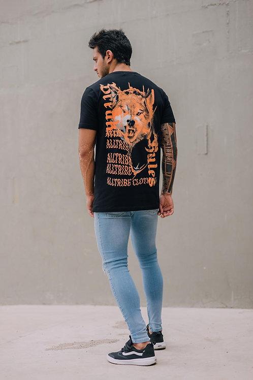Camiseta Long Lobo Preta 104