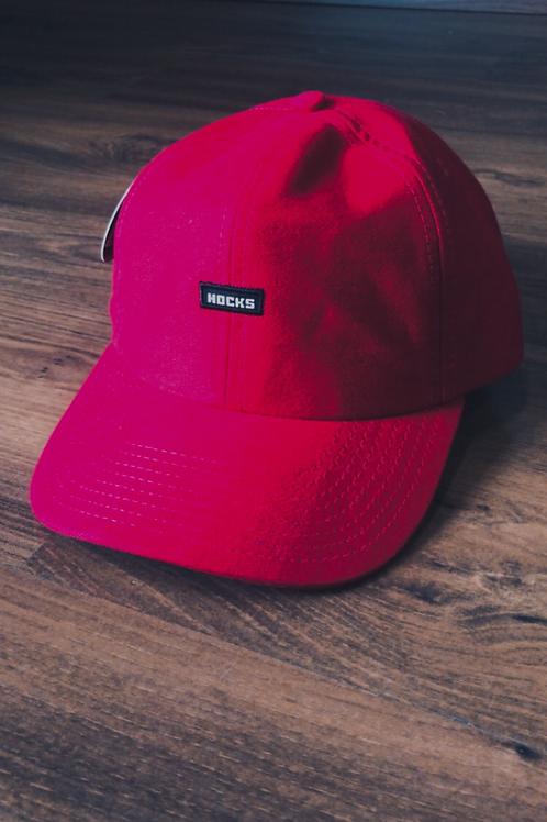 Boné vermelho, hocks 470