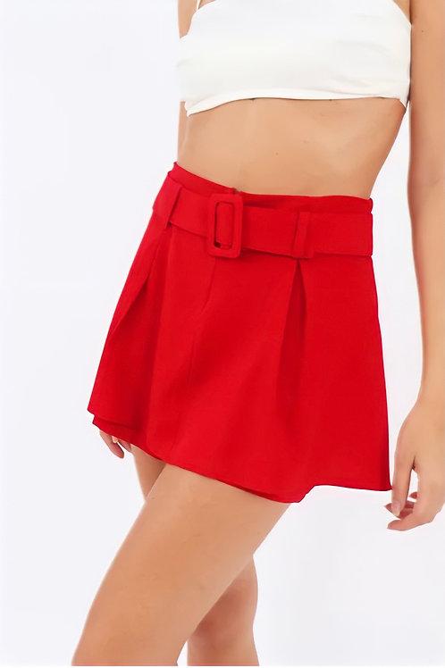Shorts Saia Pregas e Cinto