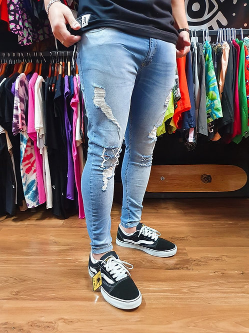 Calça Destroyed Jeans Clara Italia 551