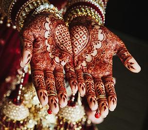 mehndi-wedding-ornament-hands-drawn-by-h